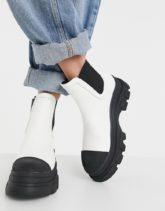 Bershka - Chelsea-Stiefel in Weiß mit dicker, farblich abgesetzter Sohle