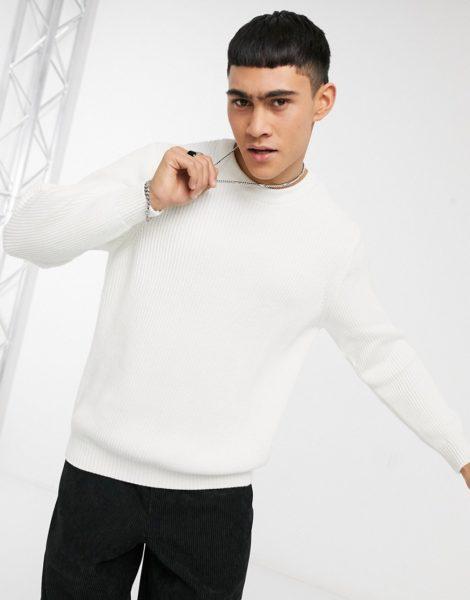 Pull&Bear - Gerippter Pullover mit Rundhalsausschnitt in Weiß
