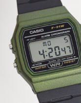 Casio - F-91WM-AEF - Digitale Unisex-Uhr mit Silikonarmband in Schwarz/Grün