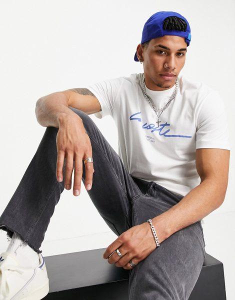 Lacoste - T-Shirt mit Schriftzug in Weiß