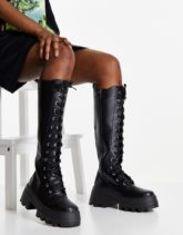ASOS DESIGN - Carter - Kniehohe, geschnürte Stiefel in Schwarz mit dicker Sohle