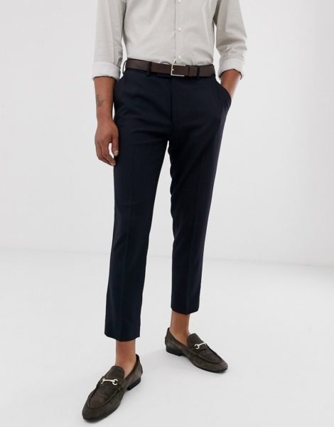 ASOS DESIGN - Elegante, kurze Hose in Marineblau und enger Passform