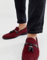 ASOS DESIGN - Loafer aus weinrotem Wildlederimitat mit Quasten