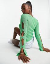 ASOS DESIGN - Strickjacke in Grün mit geknöpftem Ärmeldetail