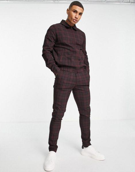 ASOS DESIGN - Elegante, eng geschnittene Hose in Burgunderrot mit Schottenkaros und Kordelzug in der Taille, Kombiteil