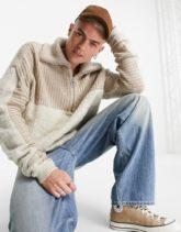 ASOS DESIGN - Flauschiger Pullover in Ecru mit Farbblockdesign und kurzem Reißverschluss-Neutral