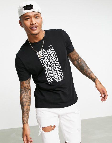 BOSS - Athleisure Tee 1 - T-Shirt mit Logoprint in Schwarz/Weiß