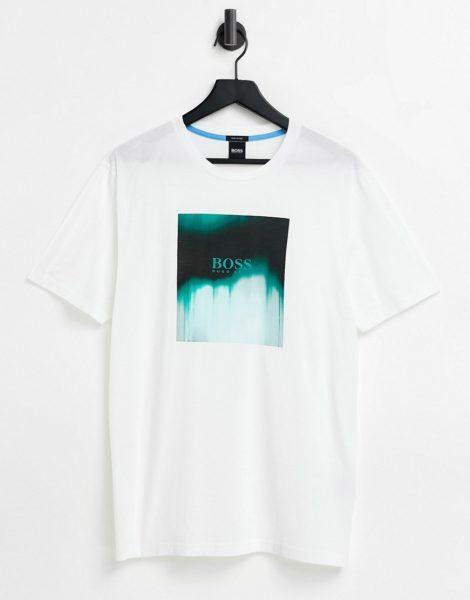 BOSS - Tiris - T-Shirt in Weiß mit verschwommenem Kasten-Logo