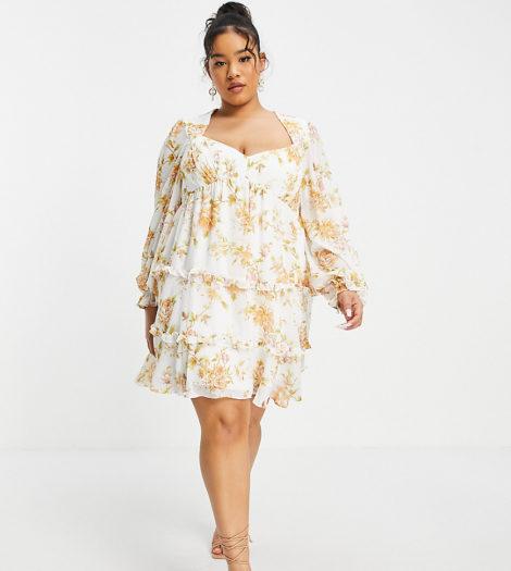 Forever New Curve - Skater-Kleid im Babydoll-Stil mit Rüschen und Blumenmuster in antikem Pfirsich-Mehrfarbig