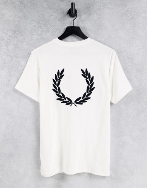 Fred Perry - T-Shirt aus Frottee in Weiß