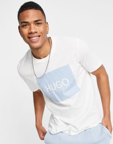 HUGO - Dolive - T-Shirt mit Box-Logo in gebrochenem Weiß