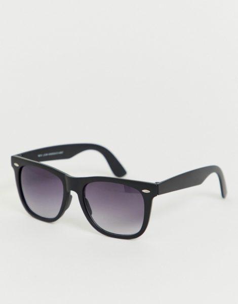 New Look - Eckige Sonnenbrille in Schwarz