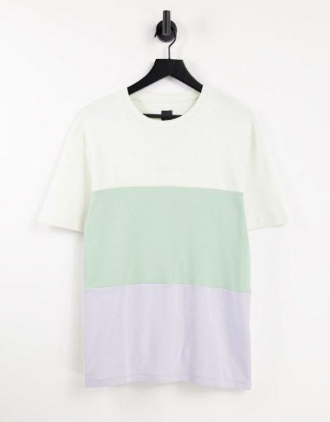 River Island - T-Shirt in Weiß mit Farbblock in Pastellfarben