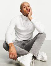 ASOS DESIGN - Breit gerippter Muskel-Pullover mit Rollkragen in Weiß