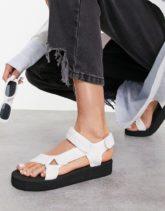 ASOS DESIGN - Fix Up - Sportliche Sandalen in Weiß
