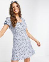 Aeropostale - Ausgestelltes Kleid mit Puffärmeln in Babyblau