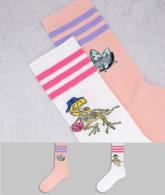 adidas Originals - 2er-Pack Socken mit Dinosauriergrafik in Weiß und Rosa-Mehrfarbig