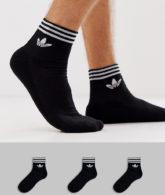 adidas Originals - 3 Paar knöchellange schwarze Socken